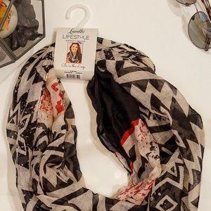 Lavello infinity designer scarf
